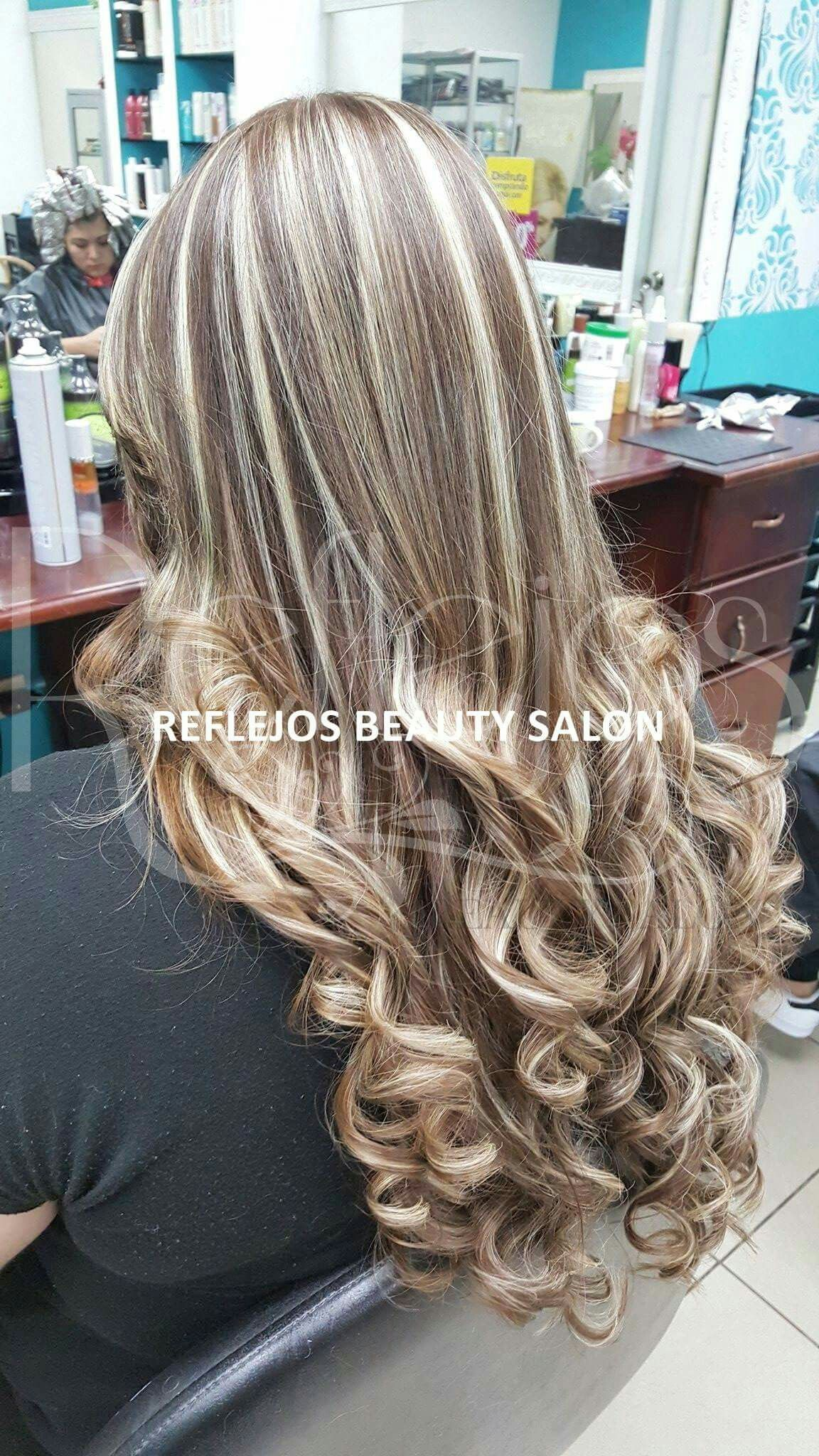 Mechas Beige Sobre Base Rubia In 2019 Hair Curled