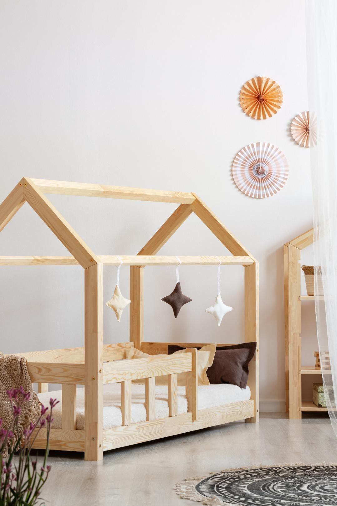Epingle Par Emilie Herchuel Sur Lit Cabane Montessori En 2020