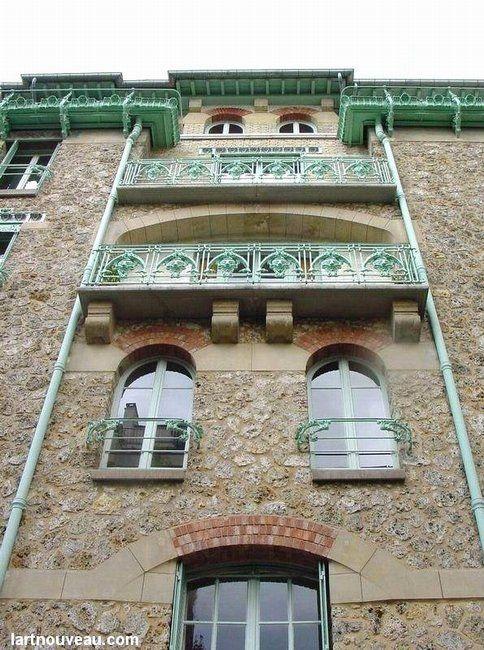 Hector Guimard (1867-1942). Le Castel Béranger. 1894-1898. 14 rue La Fontaine et hameau Béranger - Paris 16e - France