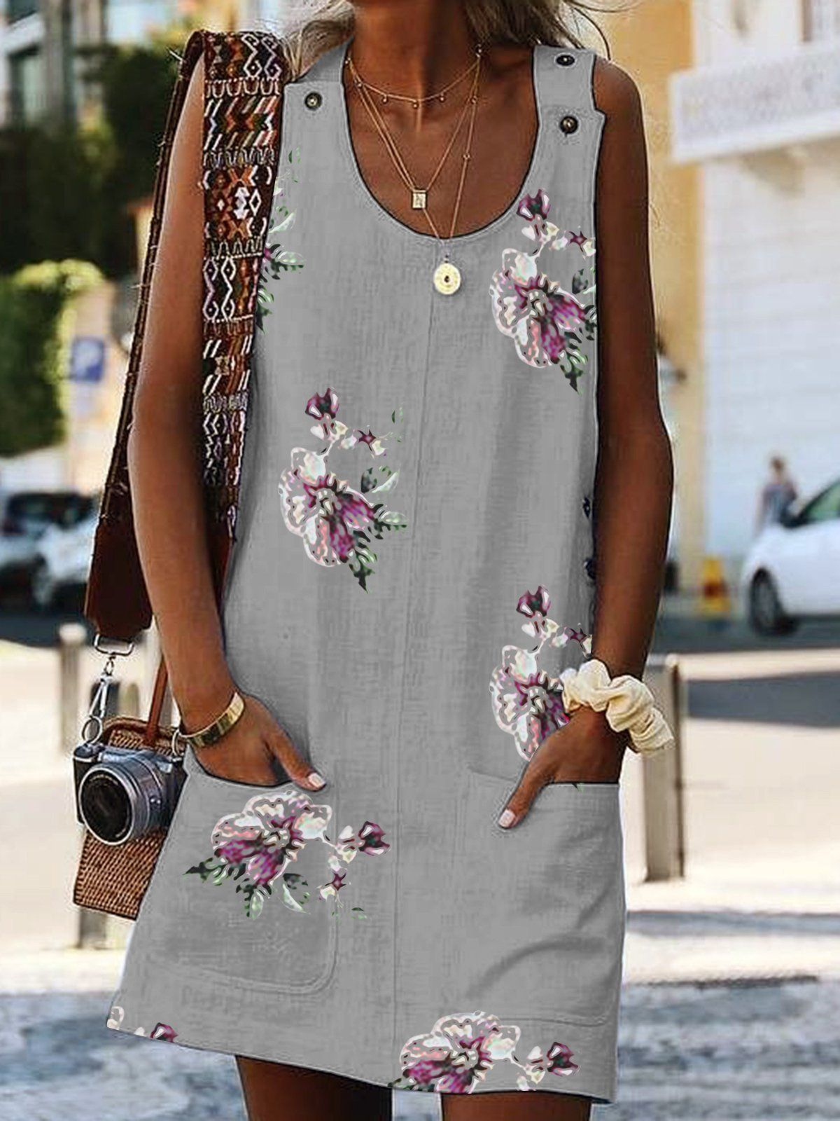 f81e53a72268c Shift Sleeveless Paneled Floral Crew Neck Summer Dresses in 2019 ...