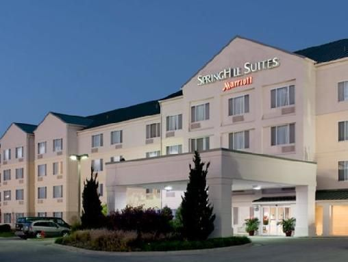 Stop At Springhill Suites Kansas City Overland Park To Discover The Wonders Of Shawnee Mission Ks Hotel Offers A High Standard Service And