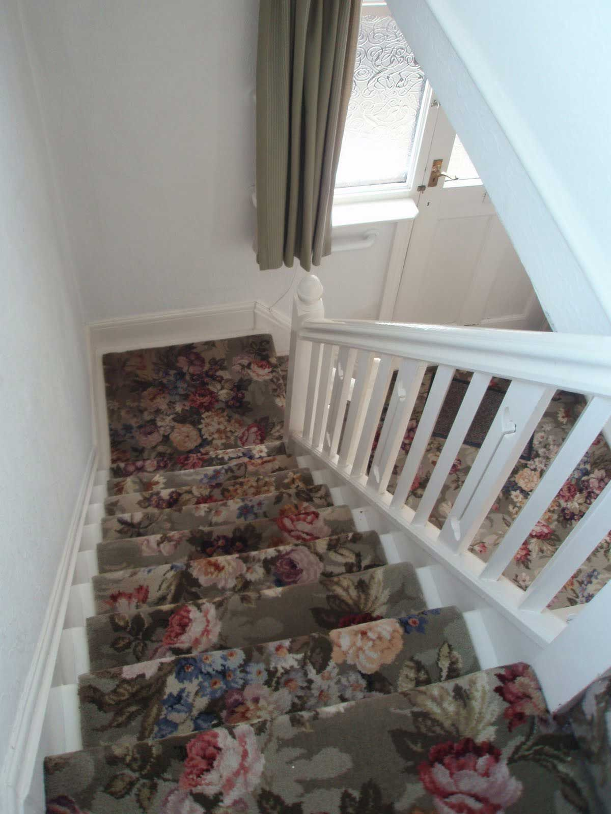 beautiful patterned carpet runner for stairs with flowers pattern