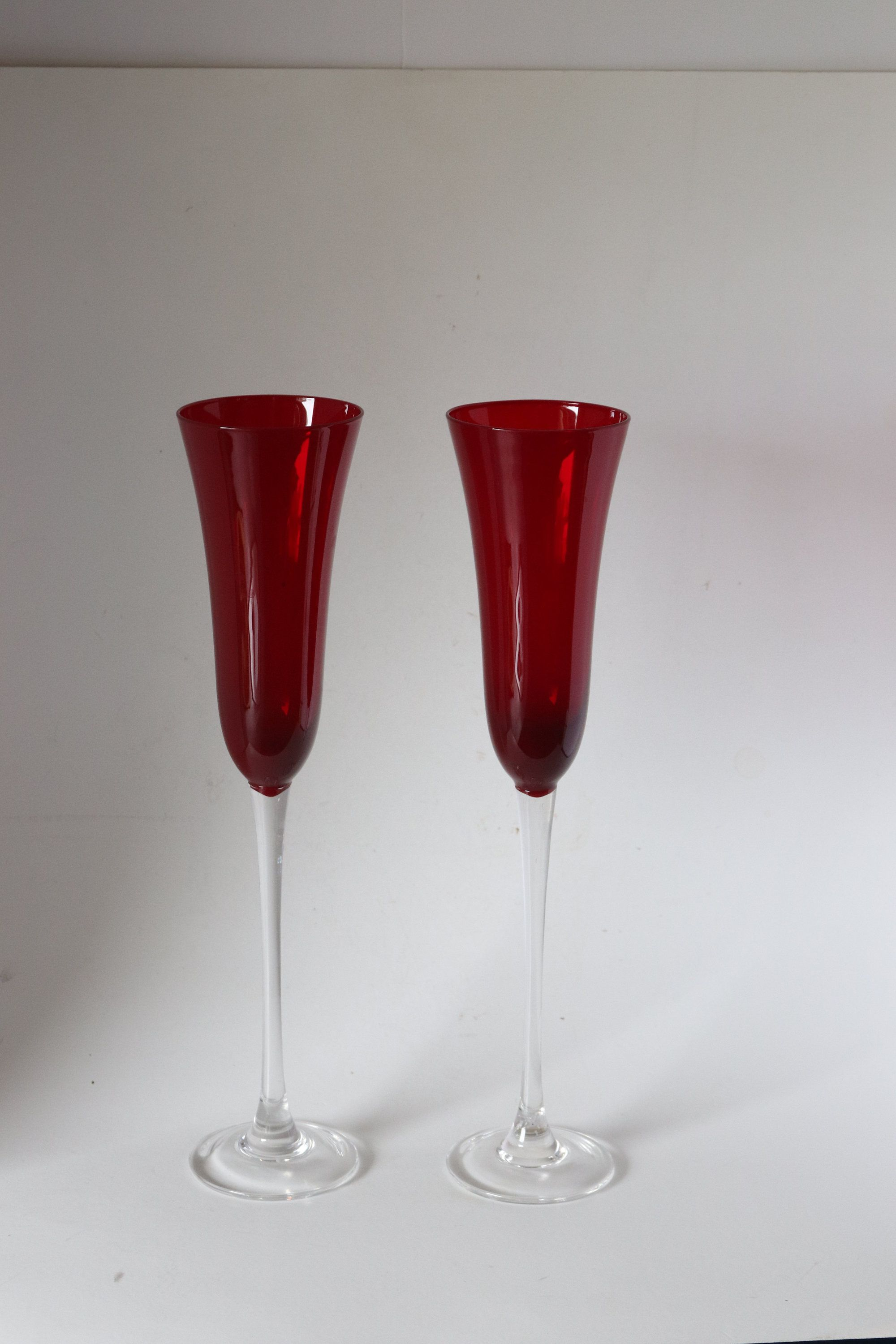 Ruby Red Wine Champagne Flutes Tall Wine Glasses Ruby Red In Color In 2020 Tall Wine Glasses Wine Flute Red Champagne