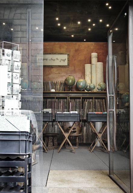 Livres & Papiers | Paris