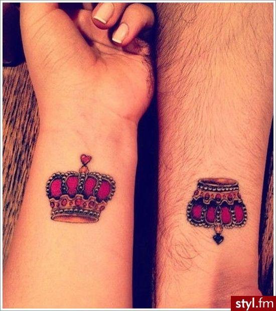 Tatuaż Z Motywem Królewskiej Korony Wyrafinowane Wzory Dla