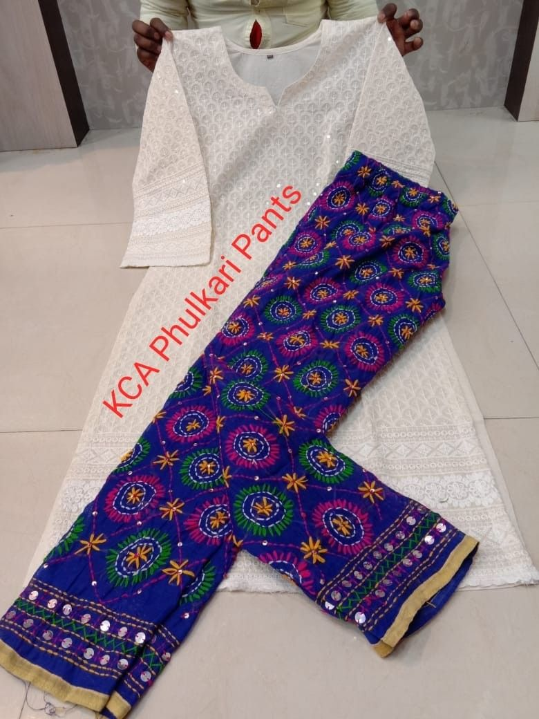 For details ping whatsapp number 09947840682 kurti