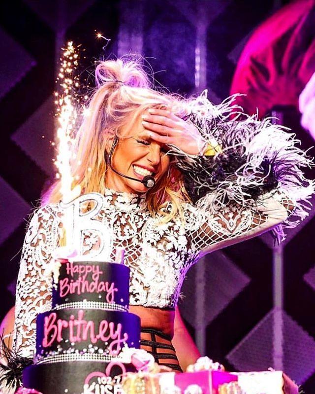 Épinglé sur Love Britney!