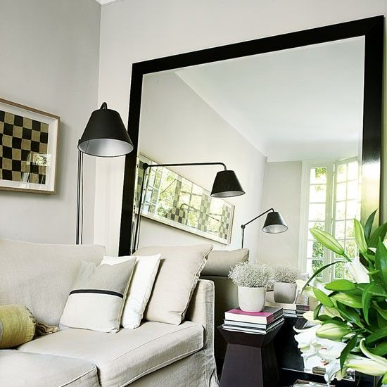 Living Room With Oversized Mirror Rented Property Decorating