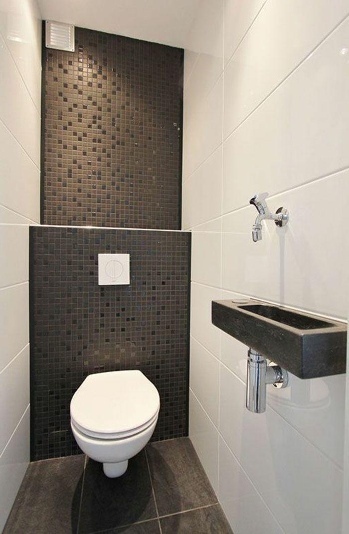 jolie salle de bain avec carrelage noir pour les murs amenager