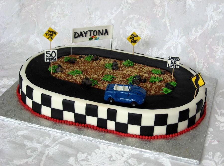 nascar themed cakes racetrack cake for a daytona 500 fan cakepinscom birthday cakes