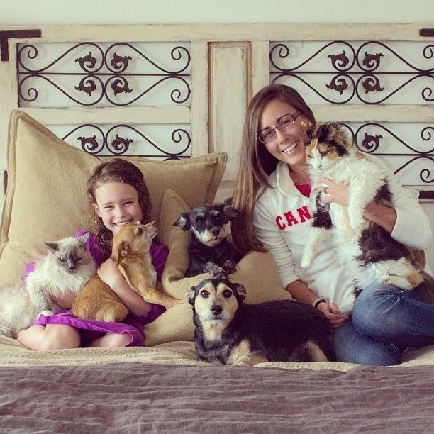 The Adorable Way One Woman Promotes Pet Adoption #petadoption