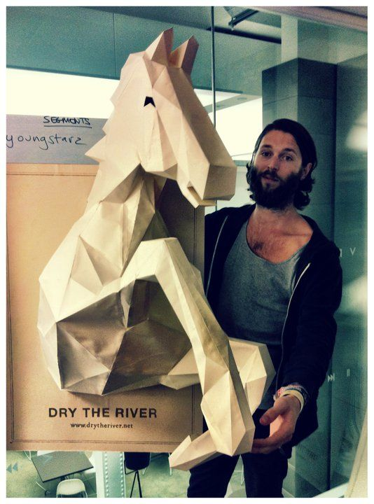 This photo is NOTmade by me! It's taken from Dry The Rivers Facebook page!