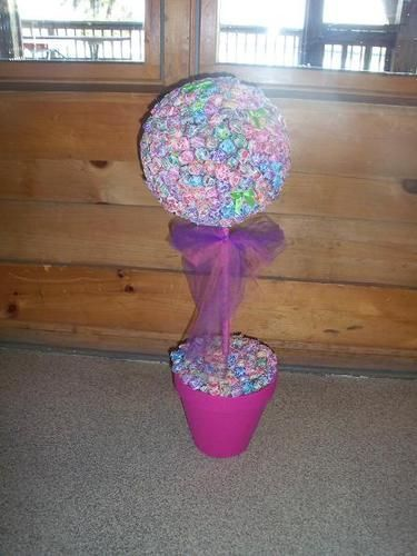 Tree made out of DumDum suckers! Super cute for a birthday party!