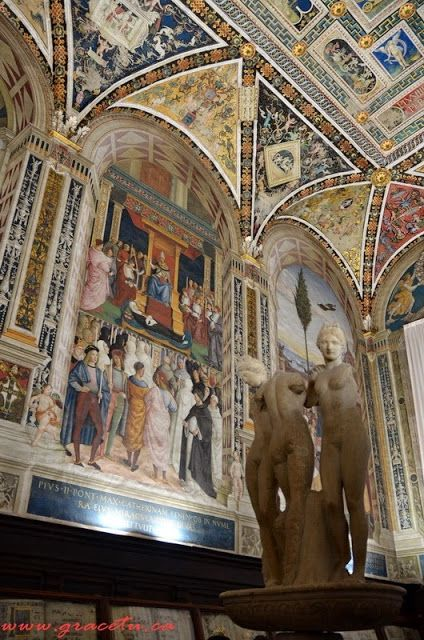 The Three Graces of Siena (Piccolomini Library in the cathedral of Siena)