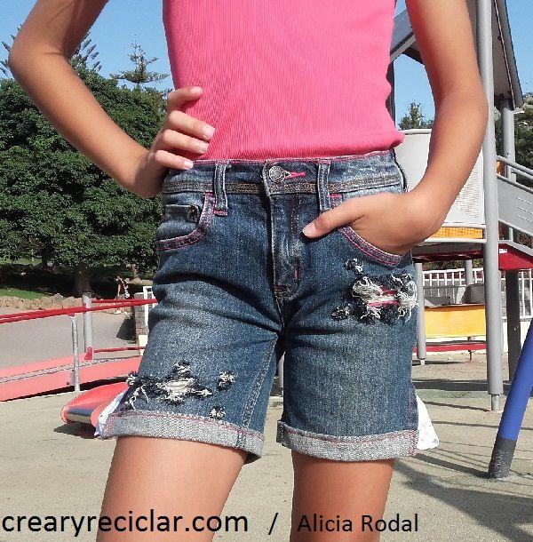 """Photo of Estrena pantalones """"rotos"""" è verano fai da te Si tienes pantalones que no usas en …"""