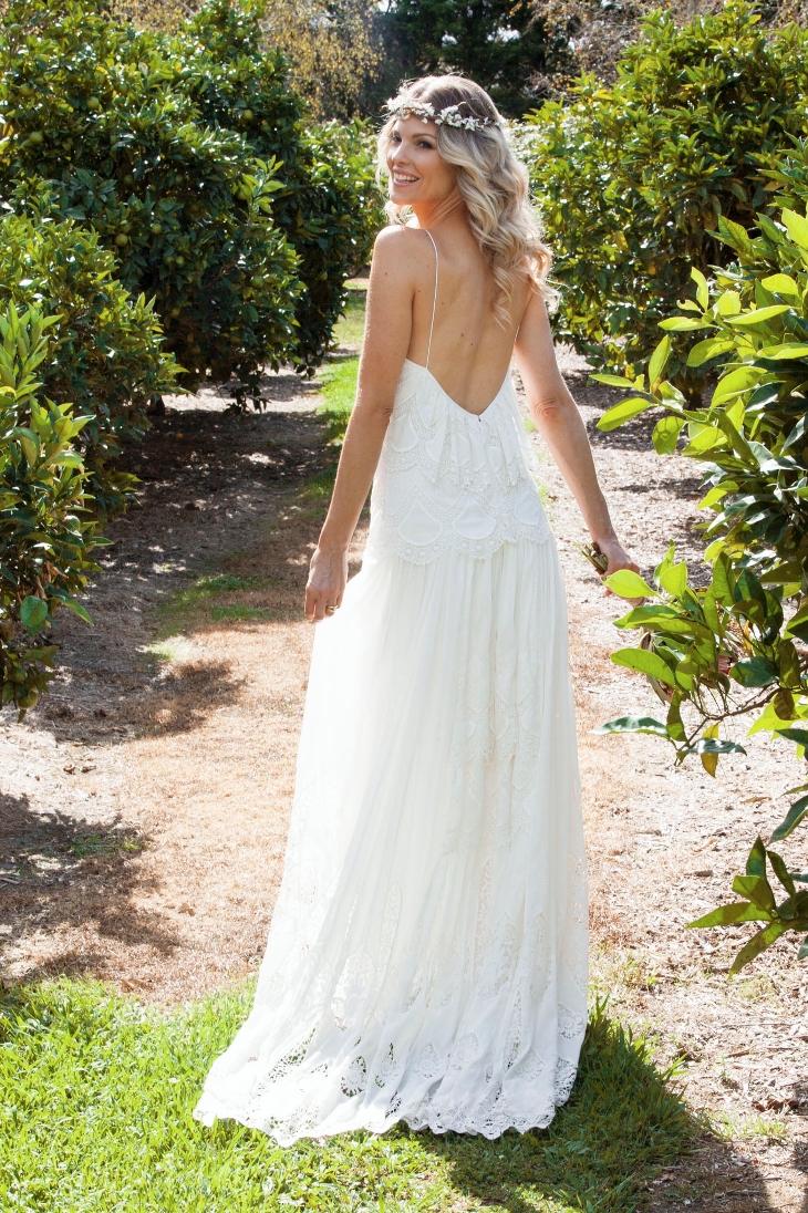 Rue De Seine #realbride wearing the Eve gown | Fiji Wedding dress ...