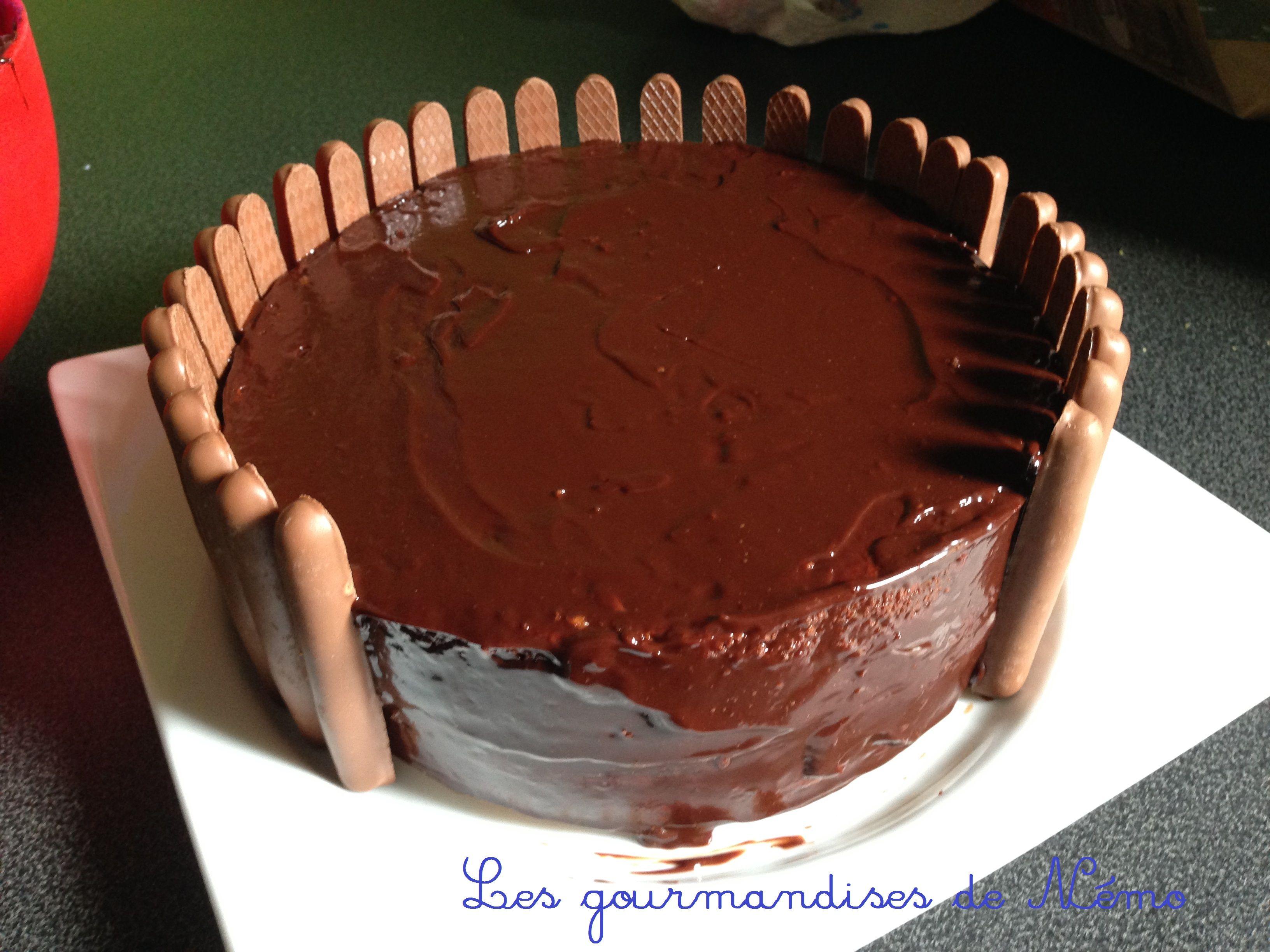 faire gravity cake aux m&m's, recette de gravity cake, comment faire un… #gravitycake