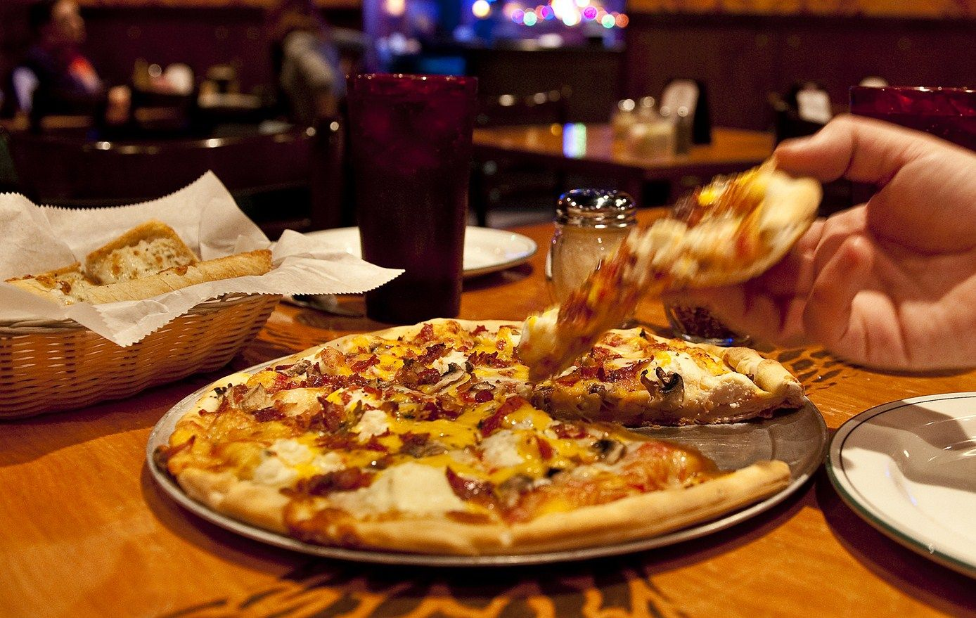 Bazbeaux Pizza Indy S Best Since 1986 Broad Ripple Location 811 E Westfield Blvd