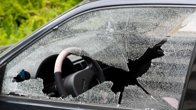 How To Replace A Broken Car Window Auto Repair Repair Vehicles