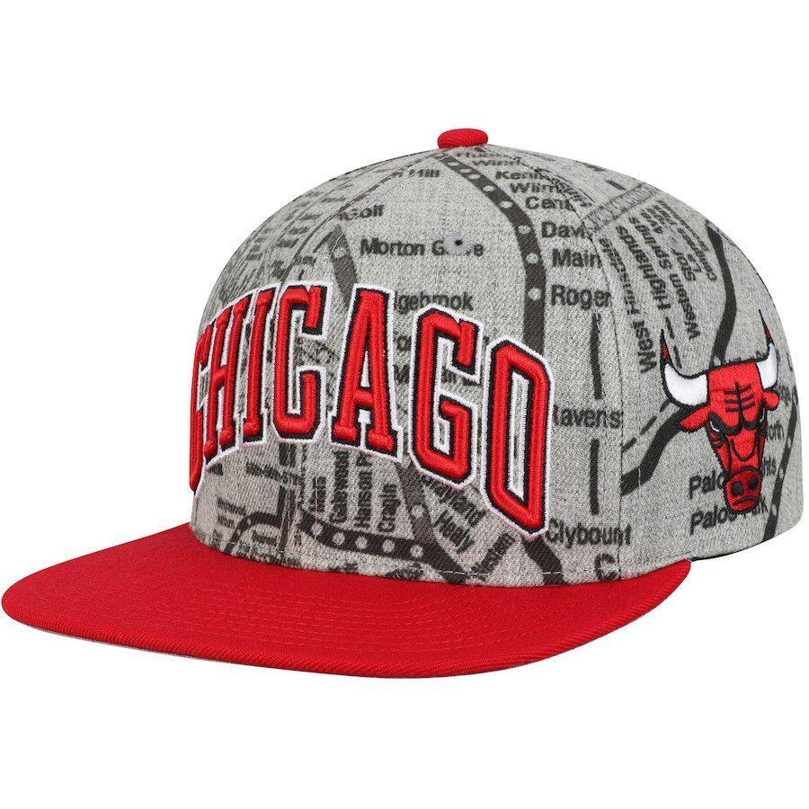 eb26c6ebea6 Men s Chicago Bulls Mitchell   Ness Gray Metro Snapback Adjustable ...