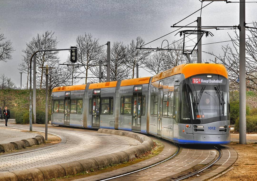 L Leipzig Leipziger Verkehrsbetriebe Lvbracingteam Lvb Tram Tramspotting Strassenbahnfotografie Haltestelle Hobby Bimmel Bimmelbahn Strassenbahn Leipzig S Bahn