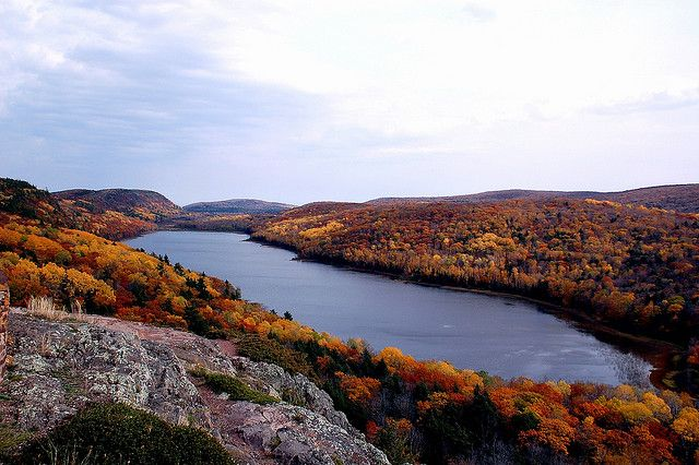 Lake of the Clouds, Michigan   by Apparat-chik, via Flickr