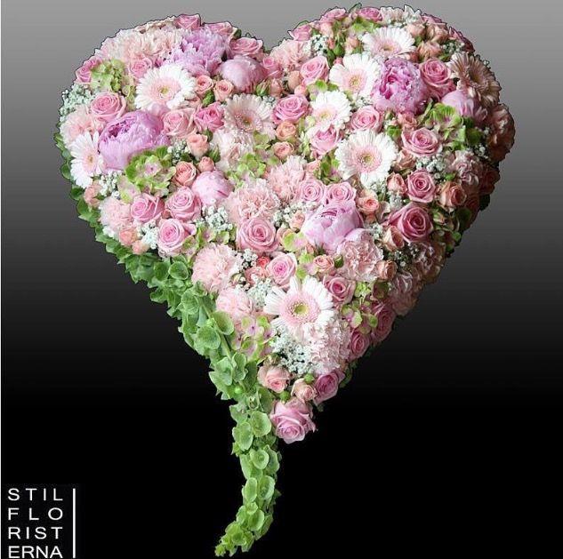 Pin Von Rasa Malcina Auf Valentindienas Apsveikumi Flowers