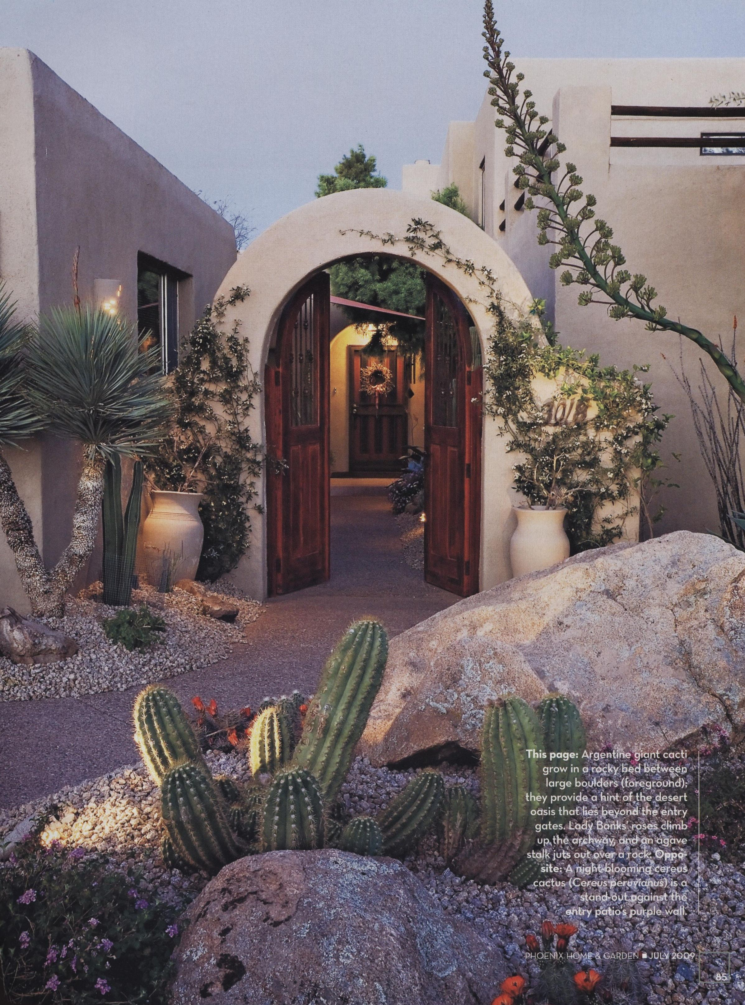 Plus Entry To Courtyard From Phoenix Home Garden Magazine July 2009 Spanish