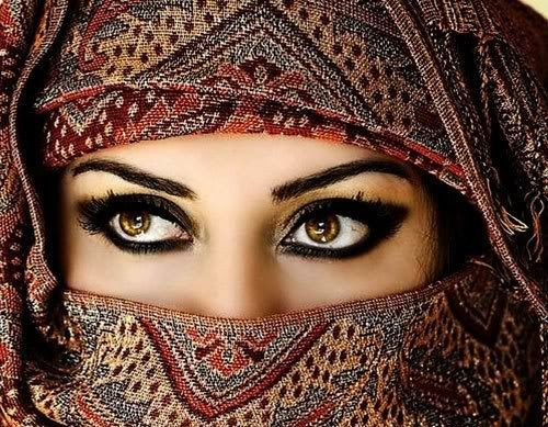 Arabic Makeup, How to Apply it   Occhi arabi, Trucco arabo ...
