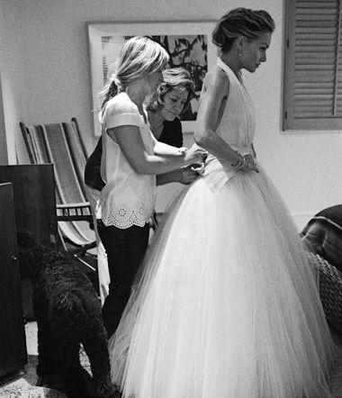 Love The Wedding Dress Ellen And Portia Wedding Ellen And Portia Hollywood Wedding