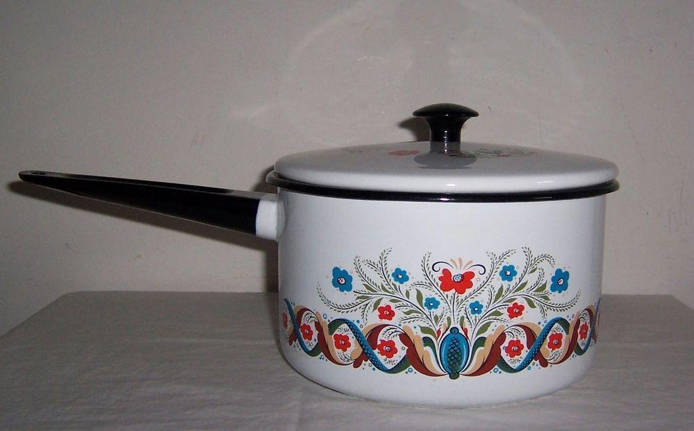 Berggren Scandinavian Swedish Large Covered Pot Pan Flowers Folk Art Enamel Cookware Scandinavian Pan