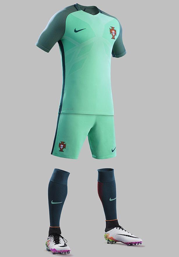 2115ece4d9 Nike divulga as novas camisas de Portugal - Show de Camisas ...