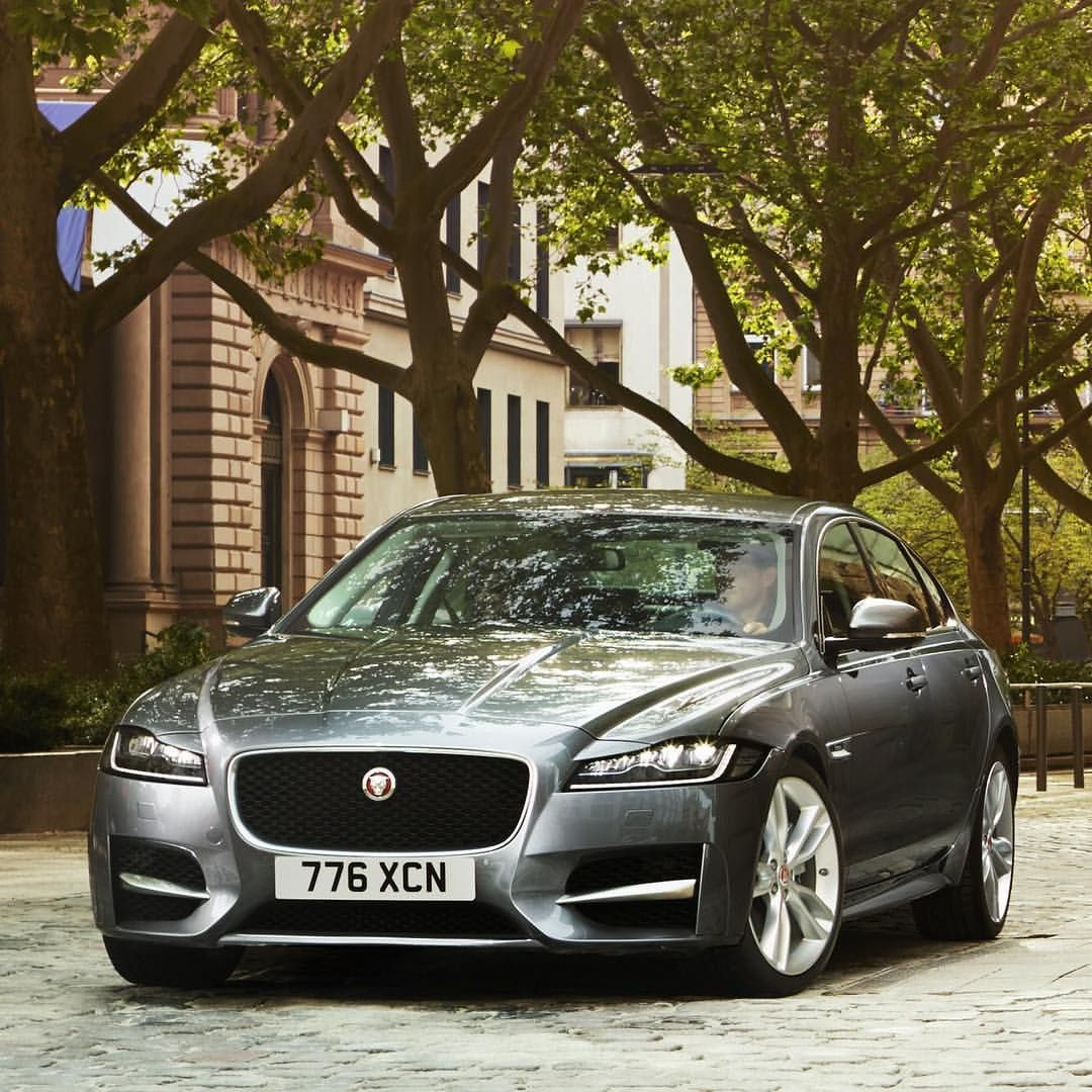 Sporting Luxury Breathtaking Style Jaguar Xf Sport Saloon