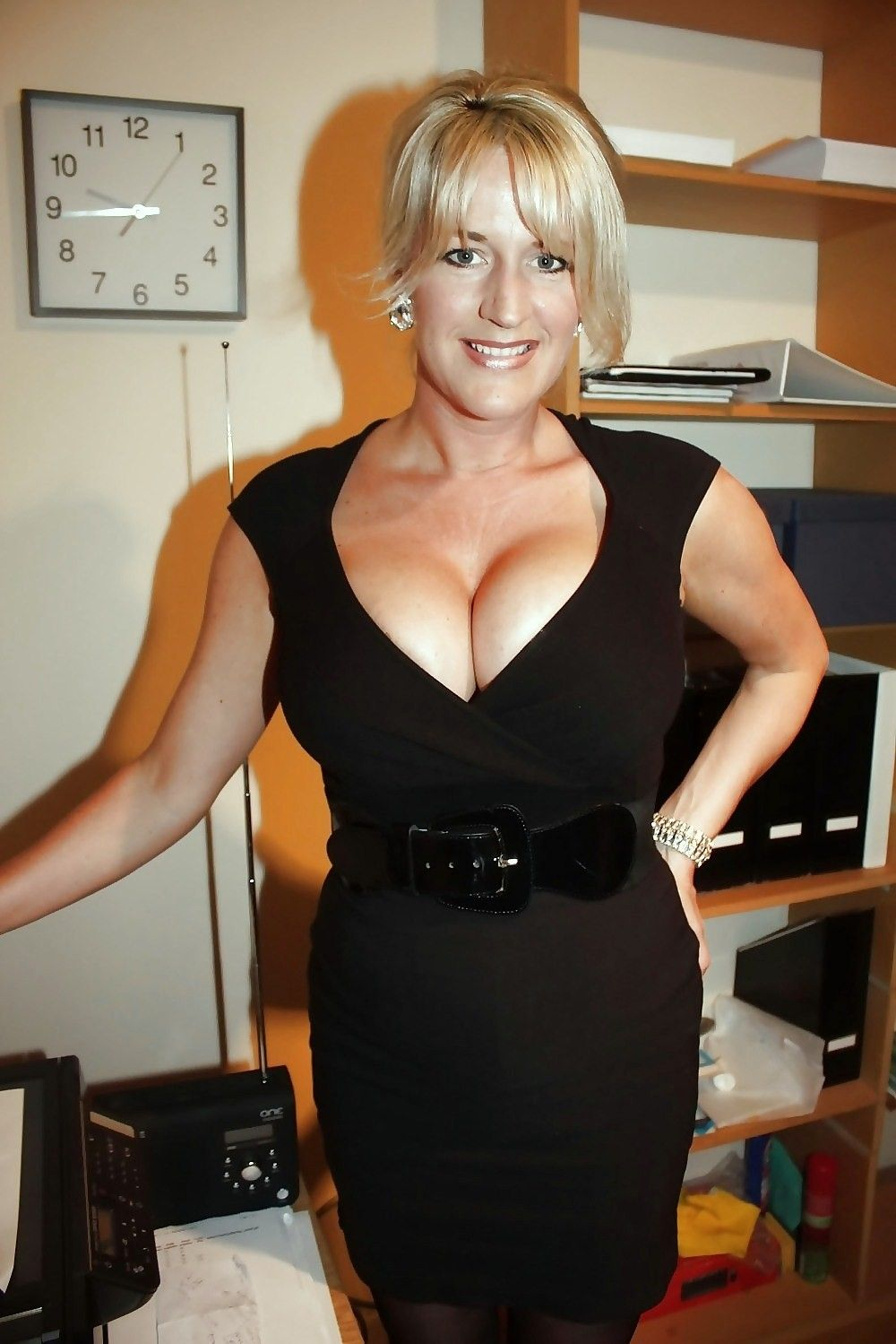 bushy park milf women Agedmamascom is a free mature tgp featuring a lot of hairy, mature, granny, we are hairy mature porn galleries.