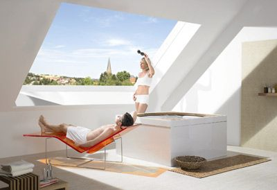 Premiere: Panorama-Dachfenster Azuro von Roto | Dachfenster ... | {Badezimmer mit dachfenster 60}