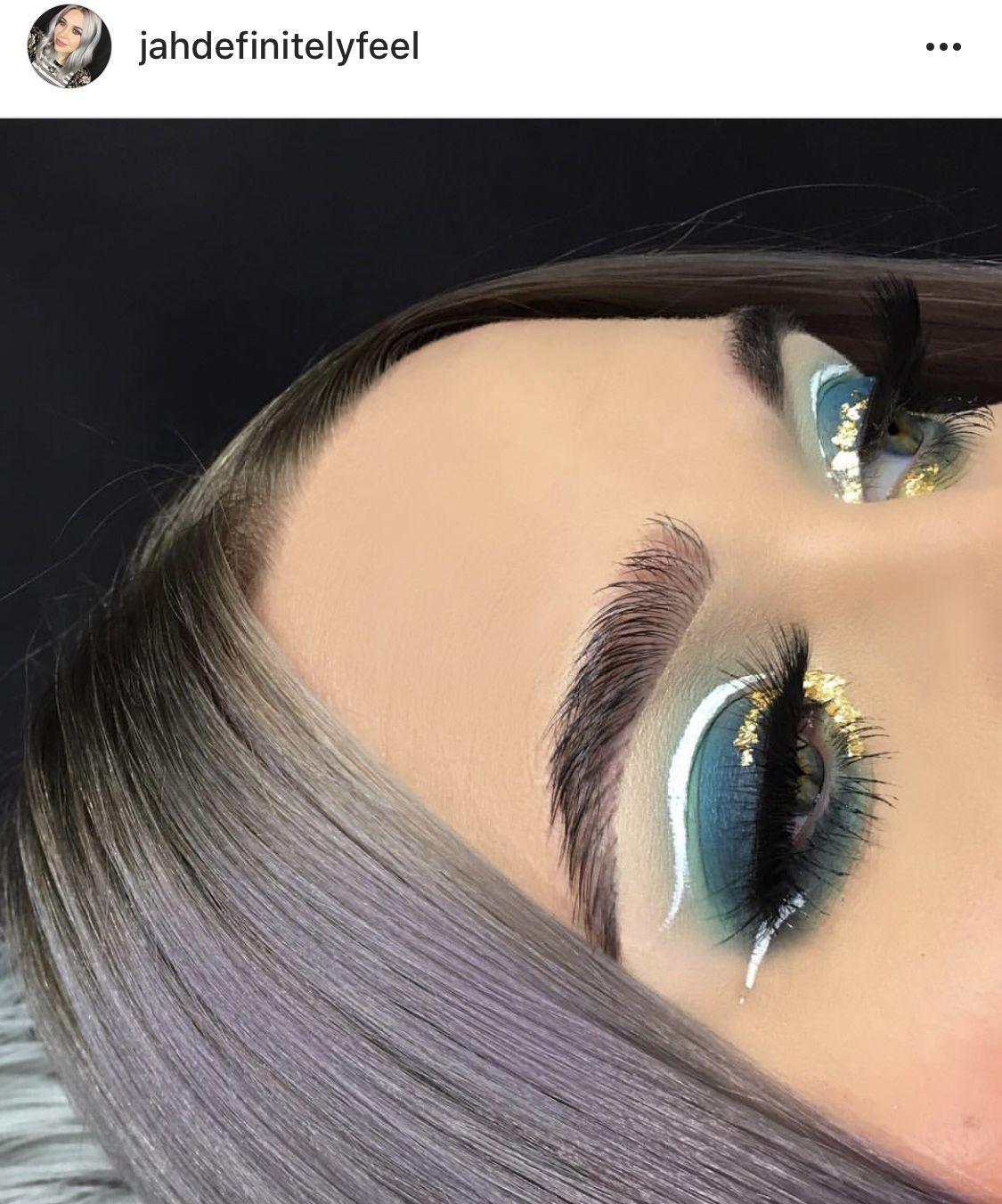Glitter Neutral Make Up Glam Look Cut Crease White Eyeliner Blue