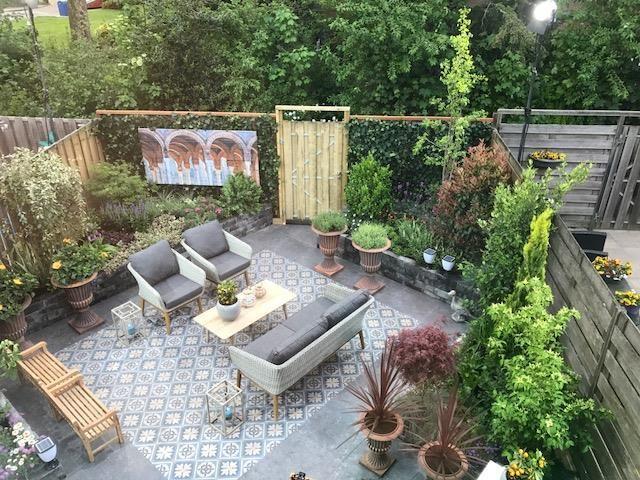 Spaanse Tegels Tuin.Robs Grote Tuinverbouwing Aflevering 38 Spaanse Tuin In