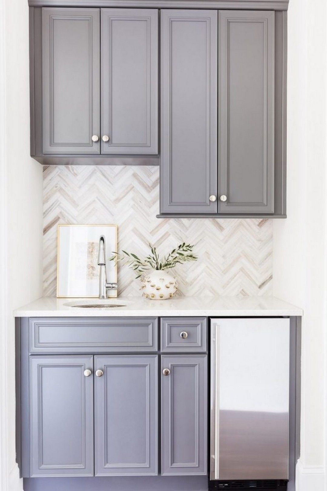 Cool 99 Modern White And Grey Kitchen Cabinets Design Ideas Http Www 99arch Classic White Kitchen Backsplash For White Cabinets Backsplash With Dark Cabinets