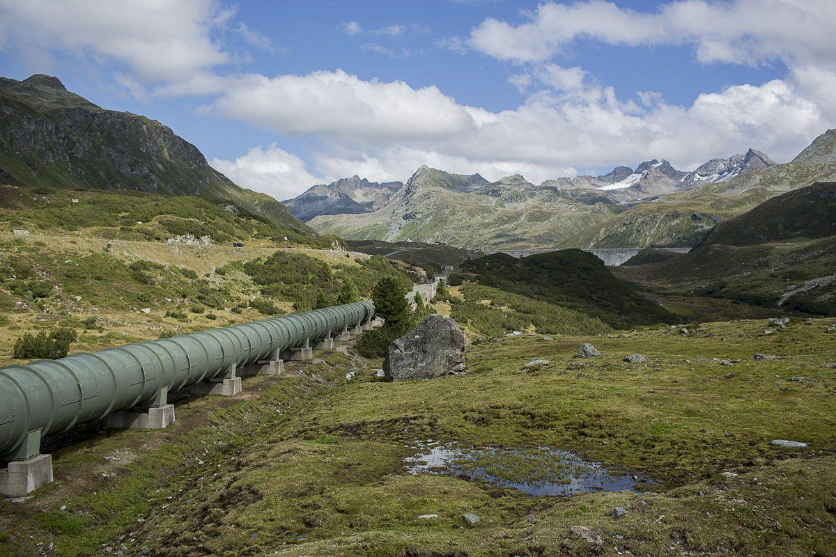 Die Druckrohrleitung des bestehenden Obervermuntwerks wird im Zuge der Bauarbeiten abgebaut