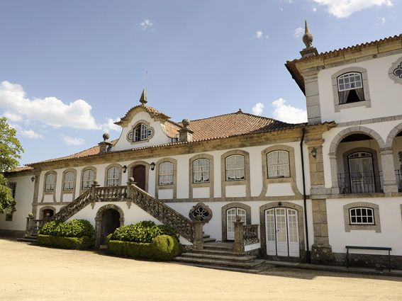 Casa de Vila Verde_ Lousada _ Portugal