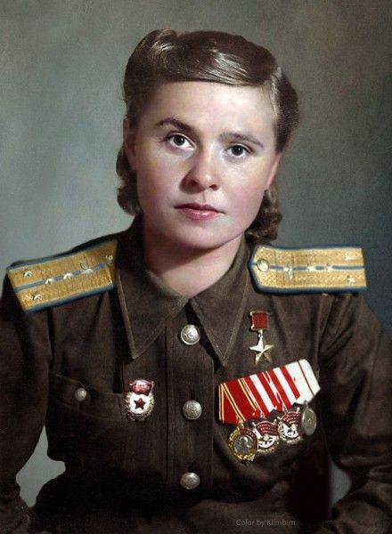 Женщины - герои войны. Цветные фото. | Солдаты, Война ...