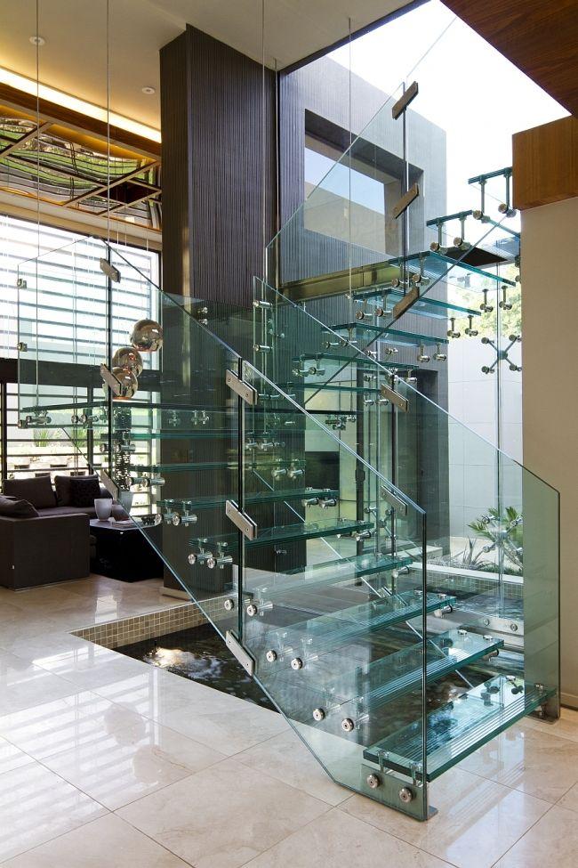 Idées pour intégrer un escalier en verre dans votre maison ...