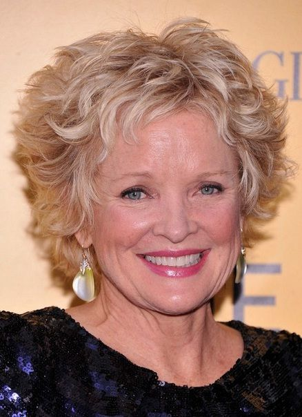 Elegant Short Hairstyles for Older Women Over 60 | Short curly hairstyles for women, Short curly ...