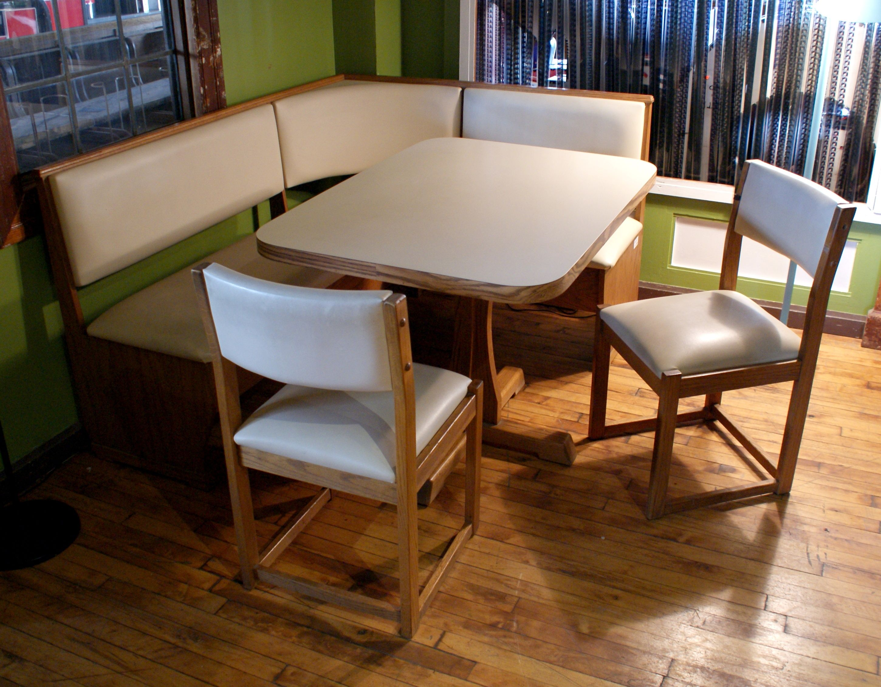 mcm kitchen nook w bench table and 2 chairs bench table table on kitchen nook id=20577