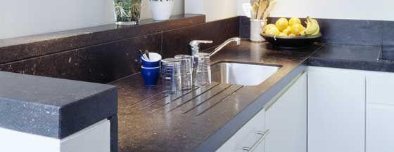 Pierre Bleue Belge - cuisine avec plan de travail en pierre 11 av - Table De Cuisine Avec Plan De Travail