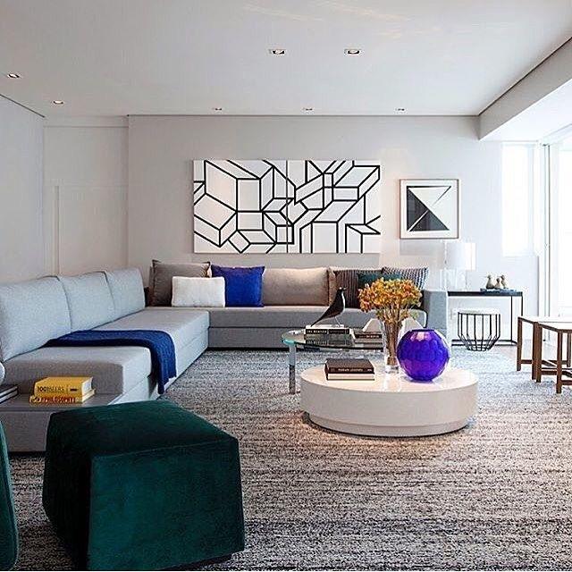 regram @fabiarquiteta Hello domingo  Sala de estar l Harmonia entre as cores e seleto mobiliário e adornos imprimiram um astral sofisticado e acolhedor! Projeto @paulamagnani_arquitetura #chic #goodmorning #bomdia #bonjour #buenosdias #archilovers #decor #arquitetura #decoracao #glam #furniture #instagram #instabest #archdaily #architecture #design #photooftheday #followme #cool #amazing #decorblog #sunday #blogfabiarquiteta #fabiarquiteta  http://ift.tt/1hQOncn by hassanrezaei20