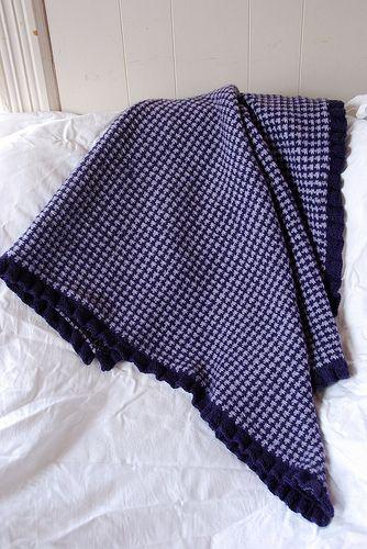Houndstooth Blanket | Houndstooth blanket, Blanket pattern ...
