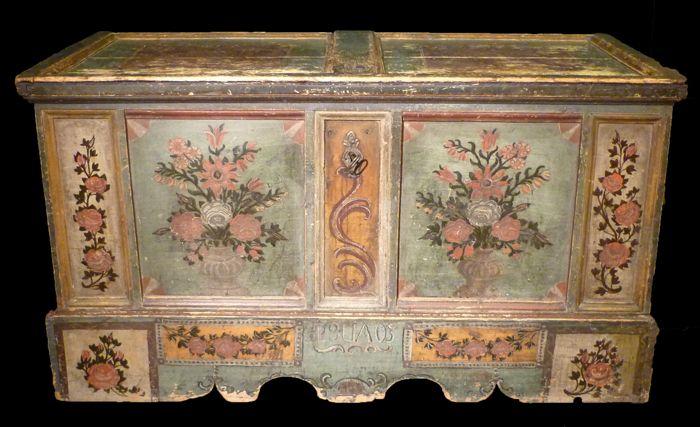 Mobili Tirolesi ~ Risultati immagini per dipingere fiori tirolesi mobili
