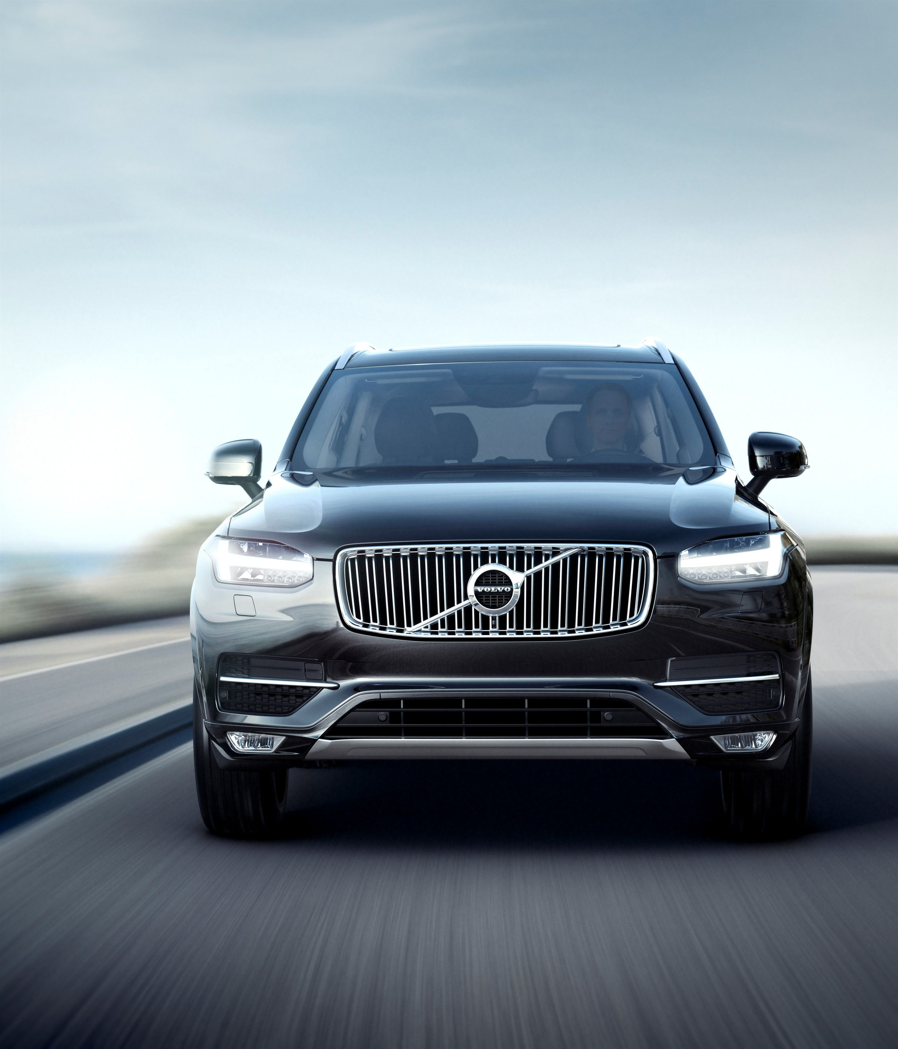 Aggressive Front End Styling Of The All New Volvo Xc90 Featuring New Thor S Hammer Led Lights A Revised Iron Mark Logo And A Re Volvo Xc90 Volvo Volvo Cars