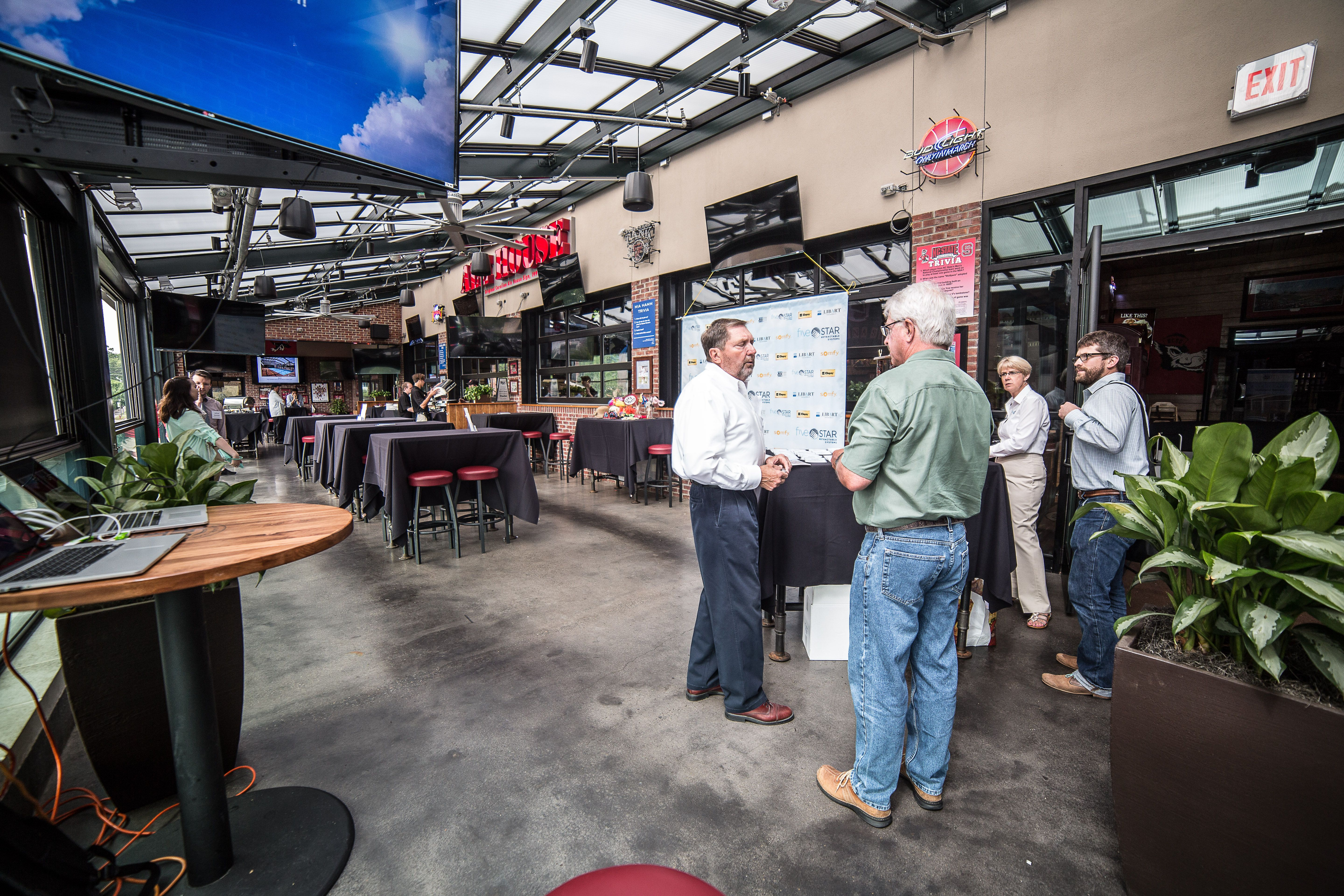 Carolina Ale House Raleigh North Carolina Fsrs Installed A Libart Solaglide Skylight Retractable Roof And The First Solar Screens Skylight Retractable Roof